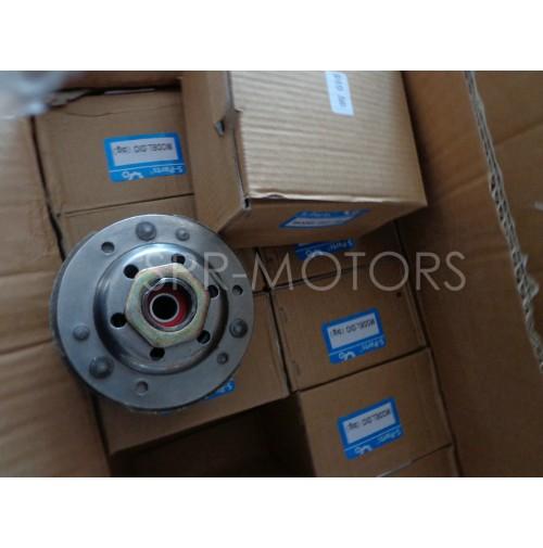 Муфта вариатора (сцепление) в сборе с ведомым шкивом Honda Dio AF18-28/Tact AF24-31 (с колпаком)